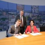Ondertekening overeenkomst ontwikkeling postkantoor- en brandweerlocatie (Centrumaanpak, Barendrecht)