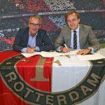Samenwerking Feyenoord en gemeente Barendrecht verlengd: kinderen in beweging krijgen
