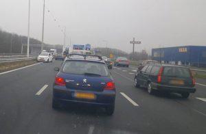 Ongeval met personenauto en vrachtwagen op de A29 thv IKEA