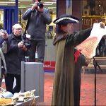 Video uit 2004: Feestelijke opening winkelcentrum Carnisse Veste