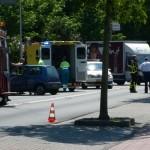 Aanrijding tussen twee auto's op de 1e Barendrechtseweg in Barendrecht