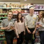 Leerlingen Dalton steunen ernstig zieke medeleerlingen met verkoop cupcakes