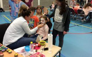 Brusjes Fundag voor kinderen die opgroeien met zorg