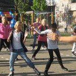 Start naschoolse activiteiten: freerunnen, fotograferen, koken, karate, programmeren en meer