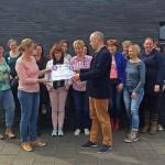 Kinderkleding- en speelgoedbeurs Carnisse Haven haalt €1150 op voor Voedselbank