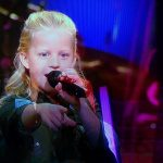 Barendrechtse Kato (8) wint battle, uitgeschakeld in sing-off The Voice Kids