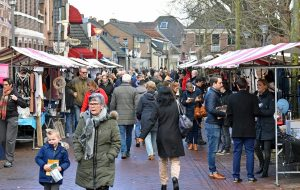 WinterMarkt WinterFeest Barendrecht (2017) in de Dorpsstraat