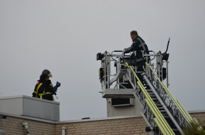 Brandje door kortsluiting in lift aan de Klarinetweg in Barendrecht