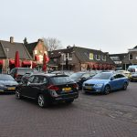 Doormanplein vol met auto's, Barendrecht